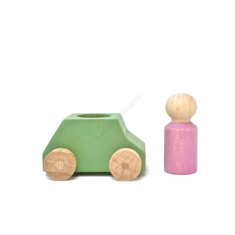 lubulona zold auto figuraval